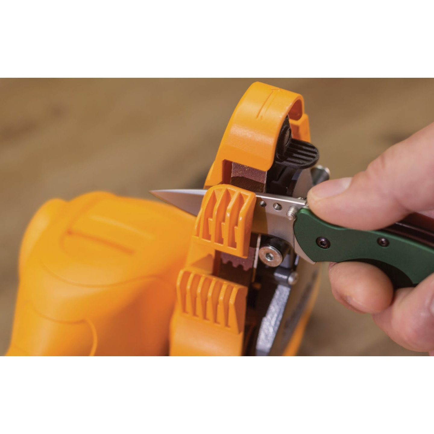 Smith's Consumer Products Electric Knife & Scissor Sharpener Image 3